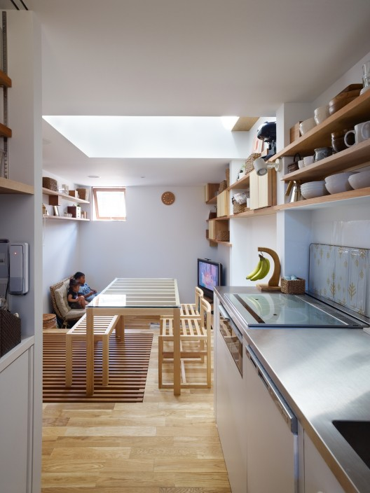 Dom w Nada / Fujiwarramuro Architects